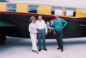 Betty and Dee Howard pose with Elton Rust, president of Million Air San Antonio, in front of a Howard 500 that recently visited the FBO. Rust, a test pilot for Howard, flew as pilot on the flight of the initial Howard 500, with Howard serving as copilot.
