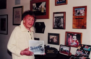 "Evelyn ""Bobbi"" Trout at her home in north San Diego County in 2001."