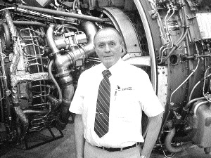The 2003 National Aviation Maintenance Technician of the Year is Colorado's Tom Hendershot.