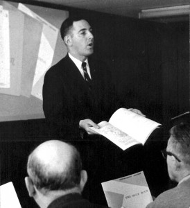 Hal Shevers pioneered the concept of the three-day ground school in the early 1960s.
