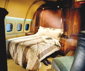 The BBJ offers executives and VIPs not only the ultimate in range, space and flexibility, but also in comfort.