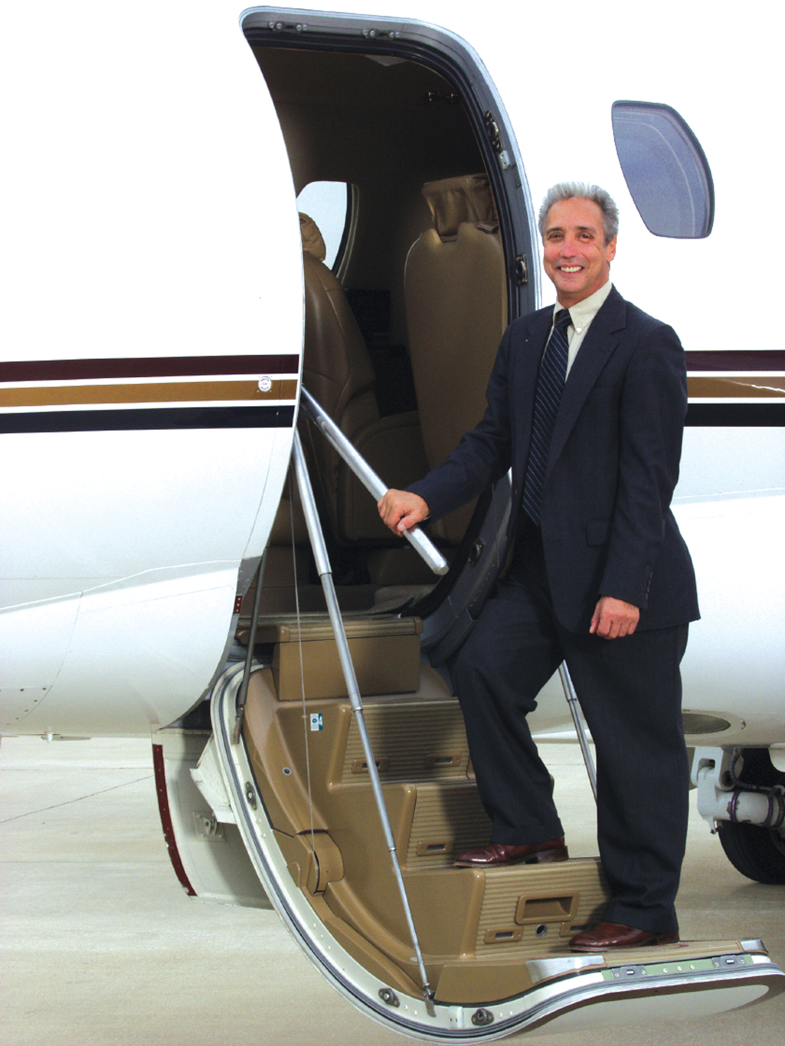 Alan Bell Promoted to VP of Aircraft Sales at Aero Charter