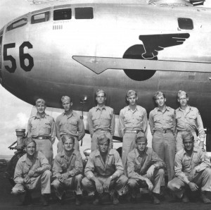 David Oreck, standing, second from right, poses with his B-29 crew (1943).