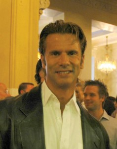Lorenzo Lamas has kept various aircraft at Van Nuys Airport.
