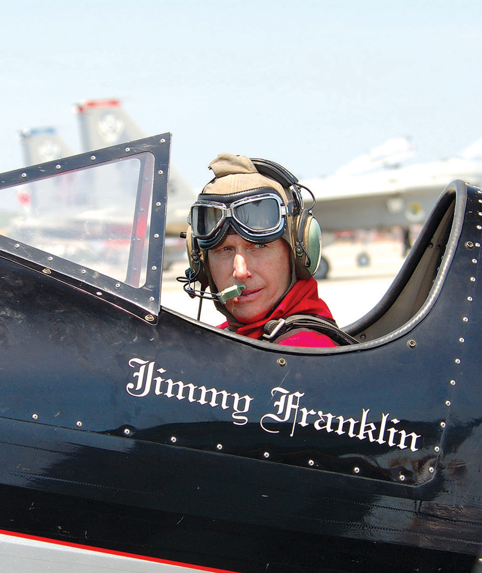 Aviation Community Mourns Loss of Legendary Air Show Pilots Jimmy Franklin and Bobby Younkin