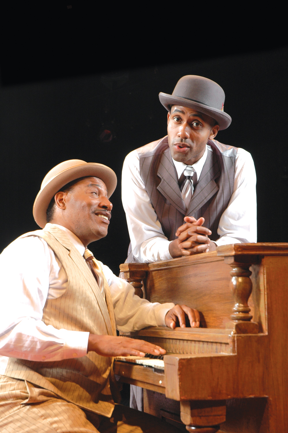 """Ain't Misbehavin'""—Sassy, Swinging Show Celebrates Music of ""Fats"" Waller"