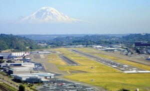 Southwest Airlines' proposal to move its Sea-Tac operations to Boeing Field is meeting with strong opposition from other airlines, government agencies and the Greater Seattle Area Chamber of Commerce.