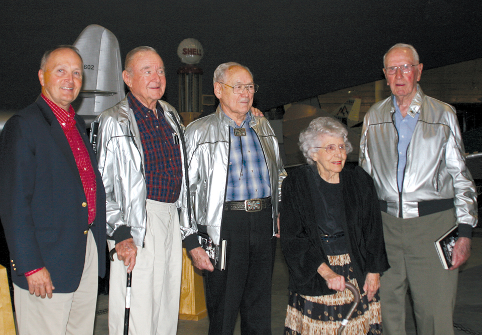 "Hangar Dance Presents Opportunity to Meet Original ""Spruce Goose"" Crew Members"