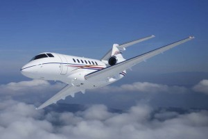 Raytheon's Hawker 4000 jet got NetJets' attention. The fractional provider ordered 50 new Hawker 4000s, and signed a 10-year maintenance agreement with a purchase value exceeding $1 billion, resulting in RAC's largest commercial order ever.