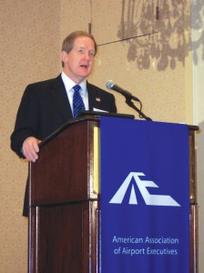 TSA Administrator Kip Hawley addresses more than 400 attendees at the Fifth Annual Aviation Security Summit.