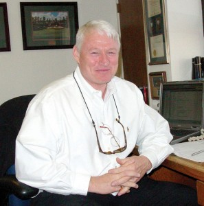 Ray Houston, a former Special Forces aviator and longtime commercial pilot, helps customers with both new and used aircraft sales.