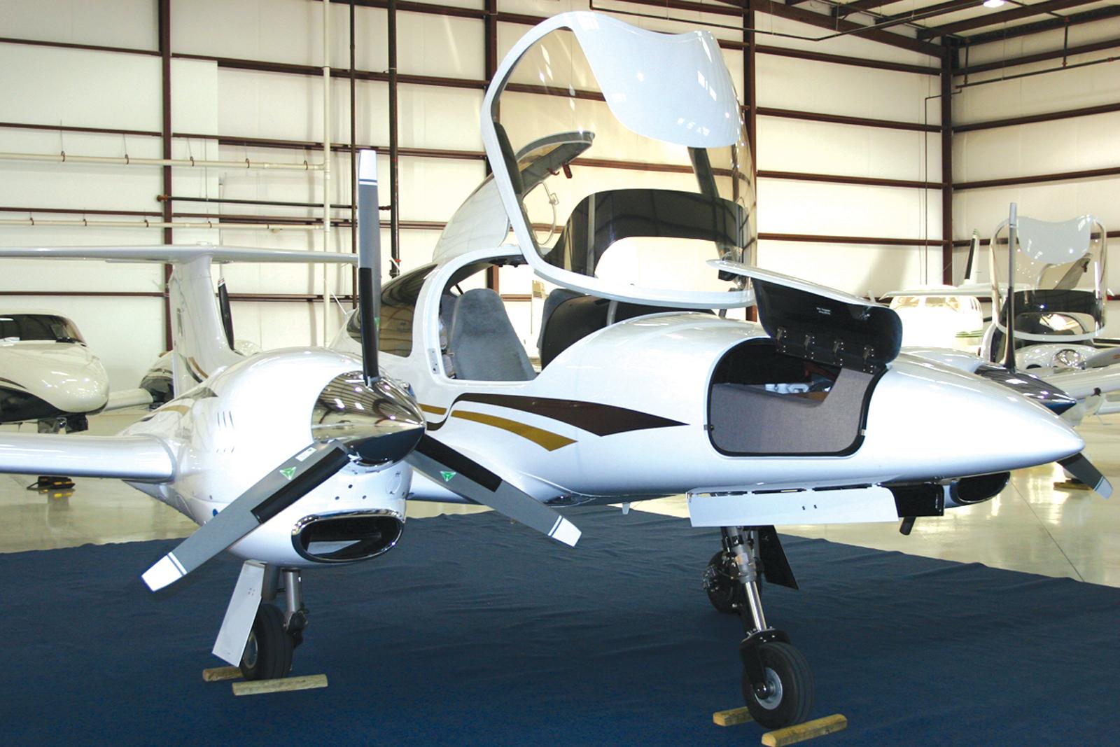 Diamond D-42 Debuts in Texas