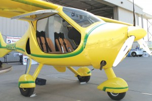 Due to the strength-to-weight ratio of its carbon-fiber and Kevlar structure, the Flight Design CTSW has a range of 1,000 miles and a useful load of 662 lbs—four pounds more than its empty weight.