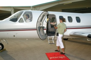 In addition to all the traditional concierge and ramp services, Jetscape can arrange for courtesy cars, limousines, and even catering delivered right to your aircraft door.