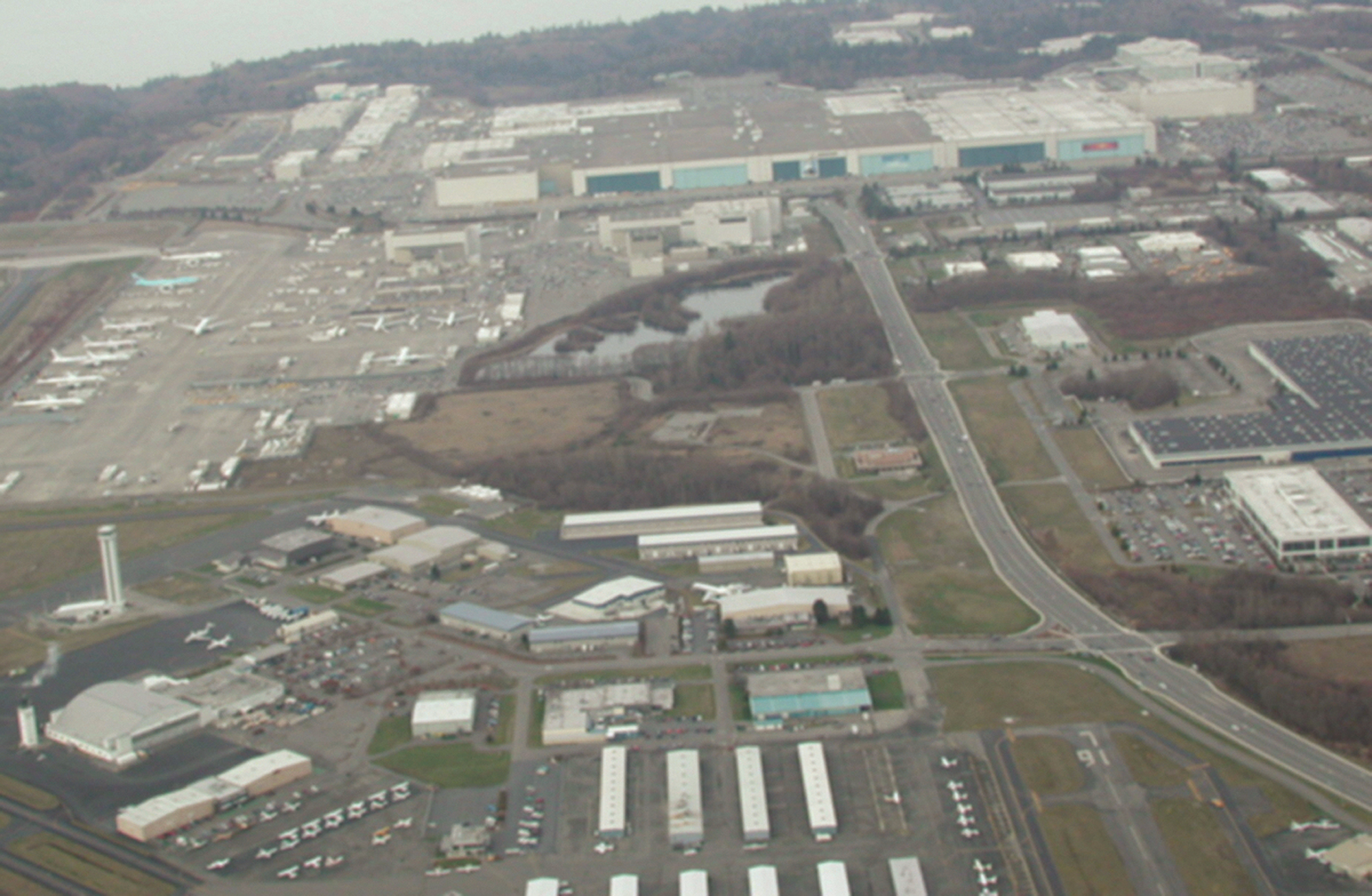 Paine Field Airline Debate Focuses on FAA Protection Laws