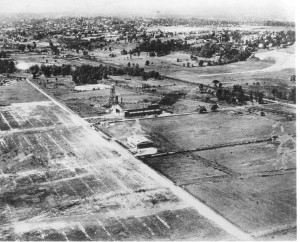 The original Teterboro Airport is seen here in the mid-1920s. Eighty years later, it would be unrecognizable as civilization crept toward it.