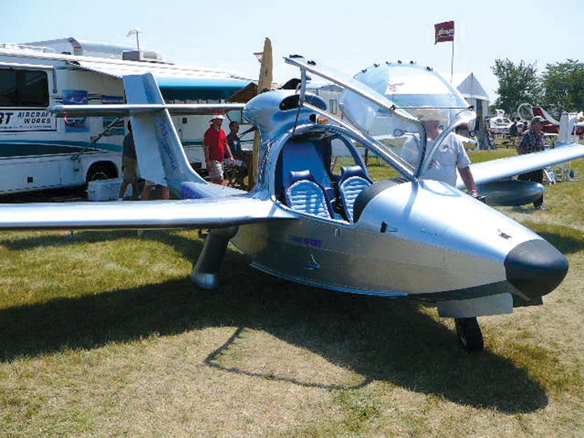 Great Note The Retractable Gear On Sport Aircraft Worksu0027 Mermaid, Which Is Only  Allowed On Pictures