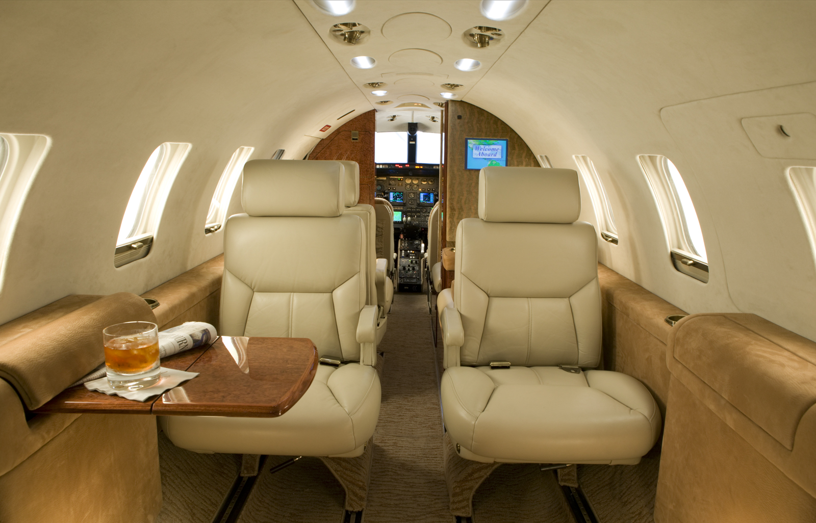 Best jets ltd breathes new life into learjets airport for Aircraft interior designs