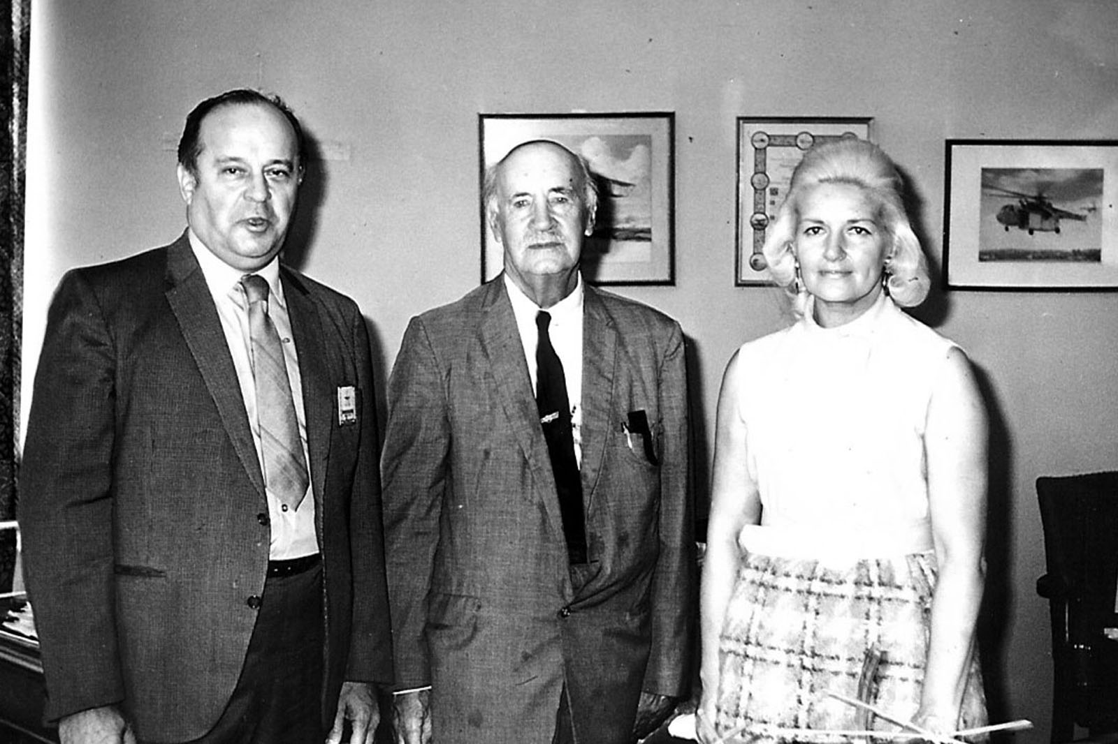 John J. Sanduski (left) and his wife, Irene, with helicopter pioneer Igor I. Sikorsky, who signed Sanduski's license to fly a helicopter.