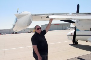 Tom Berscheidt points out the unique attributes of the MU-2B's Fowler flaps and flight spoilers.