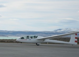"In August 2006, in Perlan, a high performance research glider, Steve Fossett and Einar Enevoldson surfed the Andean ""mountain wave"" to a height of 50,671 feet, breaking the previous world glider altitude record by 1,662 feet."