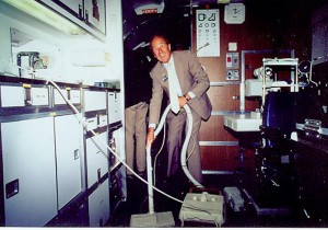 Al Ueltschi cleans the DC-8 Flying Eye Hospital.