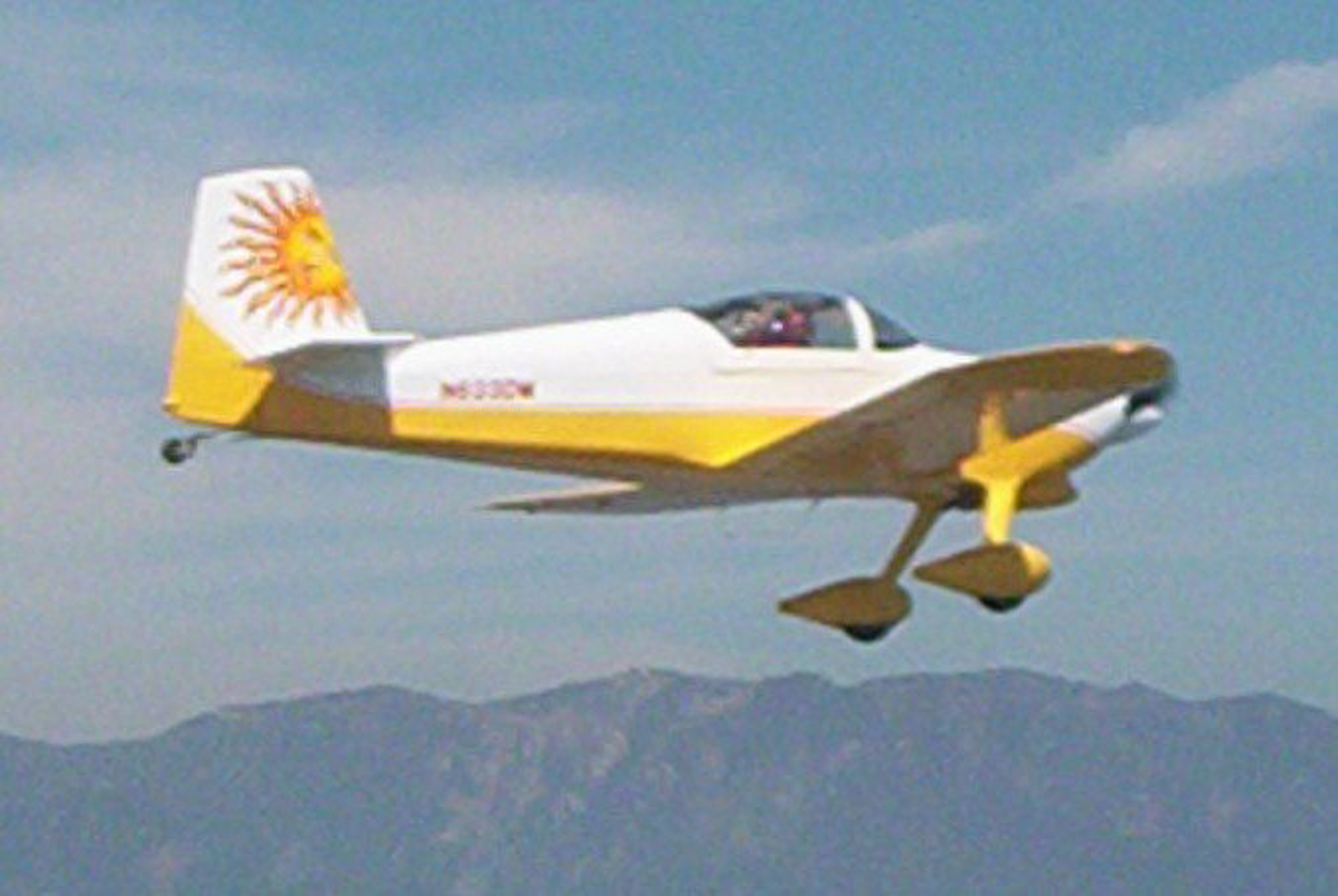 Flying an Experimental RV-6A