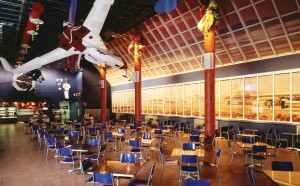 The Red Planet Cafeteria doesn't serve Martian food, but it does provide a casual and comfortable 2040s atmosphere.