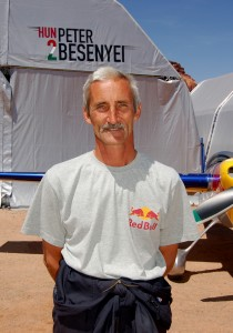 Hungarian pilot Peter Besenyei won the Monument Valley race, earning him enough points to place him second in overall points for 2007.