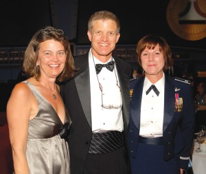 NAHF Executive Director Ron Kaplan greets Amanda Wright Lane (left), great grandniece of Orville and Wilbur Wright, and Col. Colleen Ryan, USAF commander, 88th Air Base Wing, Wright-Patterson AFB.