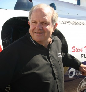 Steve Fossett has set official world records in five different sporting categories: sailboats, gliders, balloons, powered aircraft and airships.