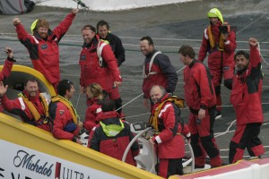 Steve Fossett and a crew of 12 sailed around the world on Cheyenne, achieving the most important record in sailing.