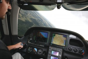 Justin Steinke demonstrates the amazing Avidyne avionics system in his company's SR22.