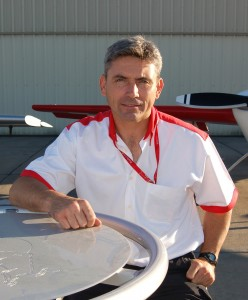 British pilot Paul Bonhomme, of Team Matador, moved back into first place in the Red Bull Air Race World Series after winning the San Diego Race.