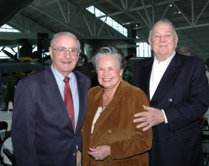 Evergreen International Aviation founder Delford Smith (right) and Maria Smith visit with former Governor Victor Atiyeh.