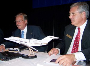 Jack Pelton (left), Cessna Aircraft Company chairman, president and CEO, and Roger Whyte, senior vice president, sales and marketing, announced record orders and backlog for Cessna aircraft.