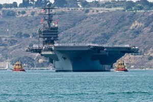 The Nimitz-class aircraft carrier USS Abraham Lincoln (CVN 72) conveyed naval power to Sea and Air Parade spectators.