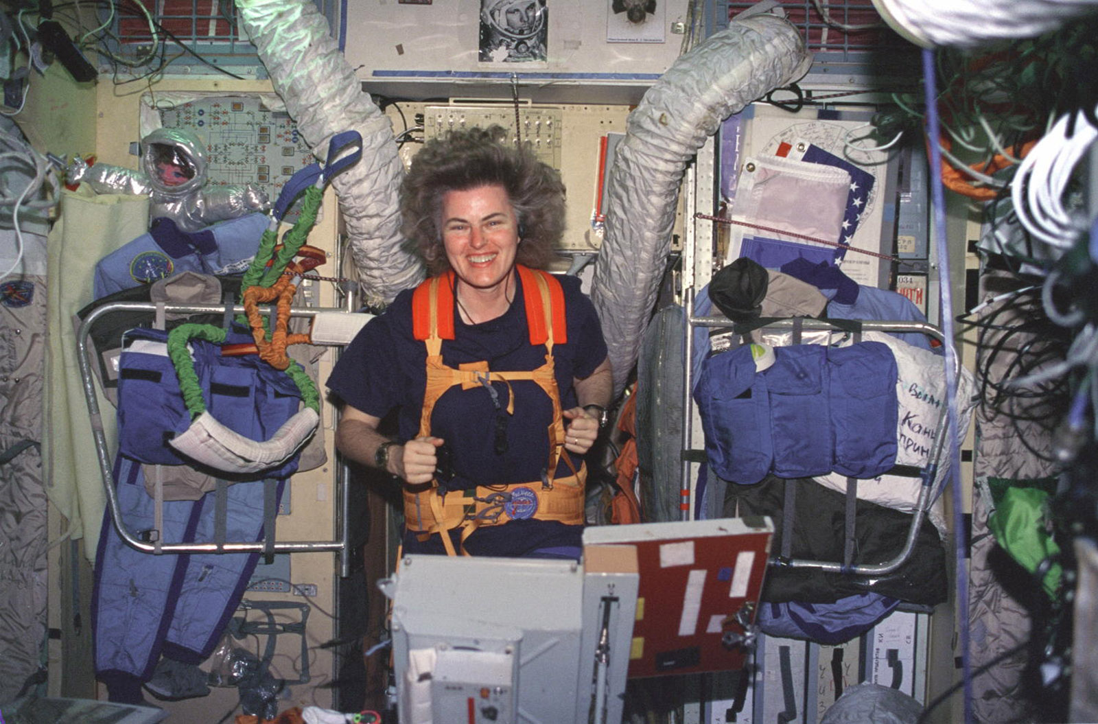longest astronaut in space station - photo #47