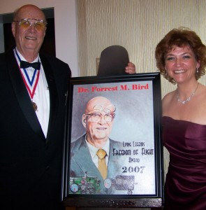 Andrea Parks poses with Dr. Forrest Bird, presented the 2007 Freedom of Flight Award.
