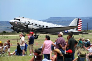 The C-47 Bluebonnet Belle taxis in front of a crowd at the 2007 Big Bend Air Show.