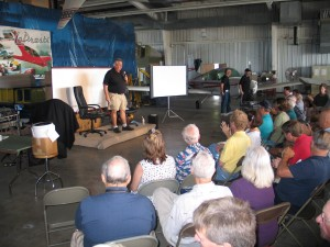 President Curt LoPresti welcomes the group for the Bede event and Grumman Fly-in.