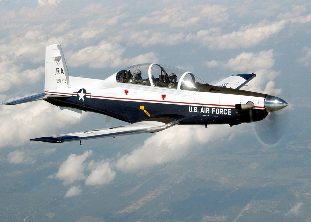 Hawker Beechcraft Corporation Awarded Additional Contract for T-6 Aircraft from USAF