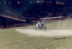 While attending UC Santa Cruz, Sean became interested in crop-dusting. He loaded for a group of World War II veterans, got the opportunity to fly a Stearman and sprayed his first field in 1978. He later bought a helicopter for his crop-dusting business.