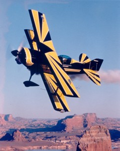 A weld break in flight forced Sean Tucker to bail out of his S-1C, which had replaced his S-2A. In 1985, he acquired an S-2S.