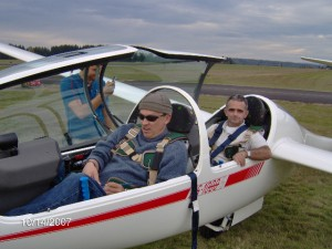 Members of Evergreen Soaring prepare for a flight from Arlington Municipal Airport, a popular airfield close to the Cascade Mountains and foothills.