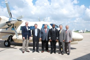 L to R: Intercontinental Jet Service President Dennis Braner, Mitsubishi Heavy Industries Dep. GM Hirokazu Yorimasa, Turbine Aircraft Services President Tom Berscheidt, Barrington Irving, Heavy Industries America GM Noel Takayama and CEO Eiishi Ishii.