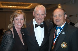 "L to R: Kathy Robinson and retired Air Force Col. Garald K. ""Robbie"" Robinson, NAHF chairman of the board, flank 2008 enshrinee Herb Kelleher."