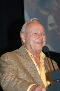 Golfing legend Arnold Palmer discussed how aviation helped his career.