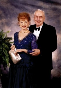 Zoe Dell and Erv Nutter loved to fly together. Erv admired his wife's dedication to and passion for aviation. They attended many industry events to show their support of the future of aviation.